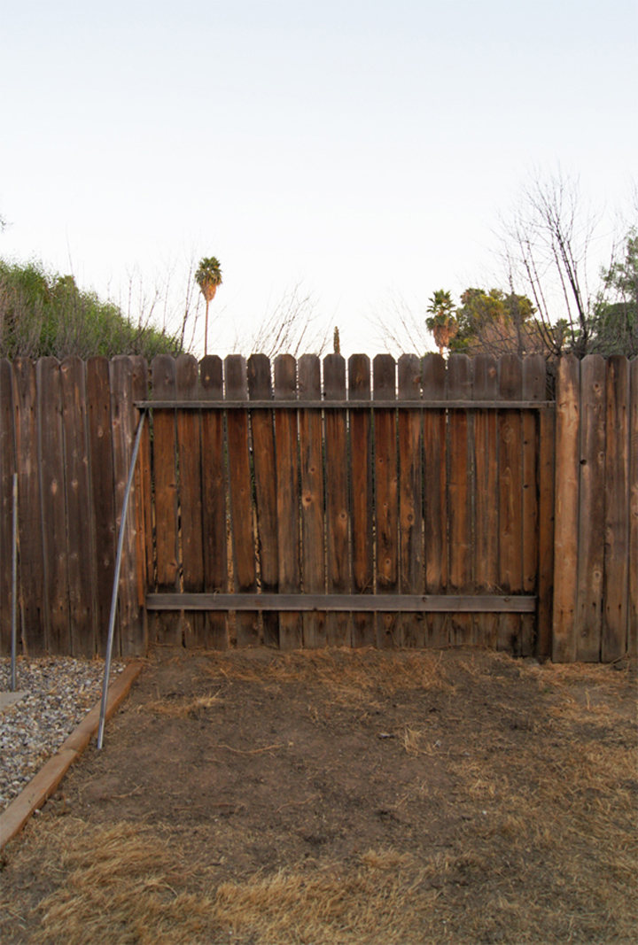 how to fix a fence that blew down