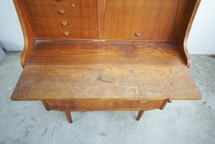 How to restore faded wood furniture antique wood furniture maintenanceideas for furniture in Restoring old wooden furniture