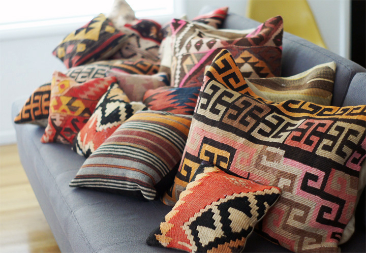 Middle Eastern Style Floor Pillows : Brick House